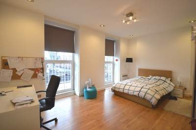 Kentish Town Road, NW1 £300PW